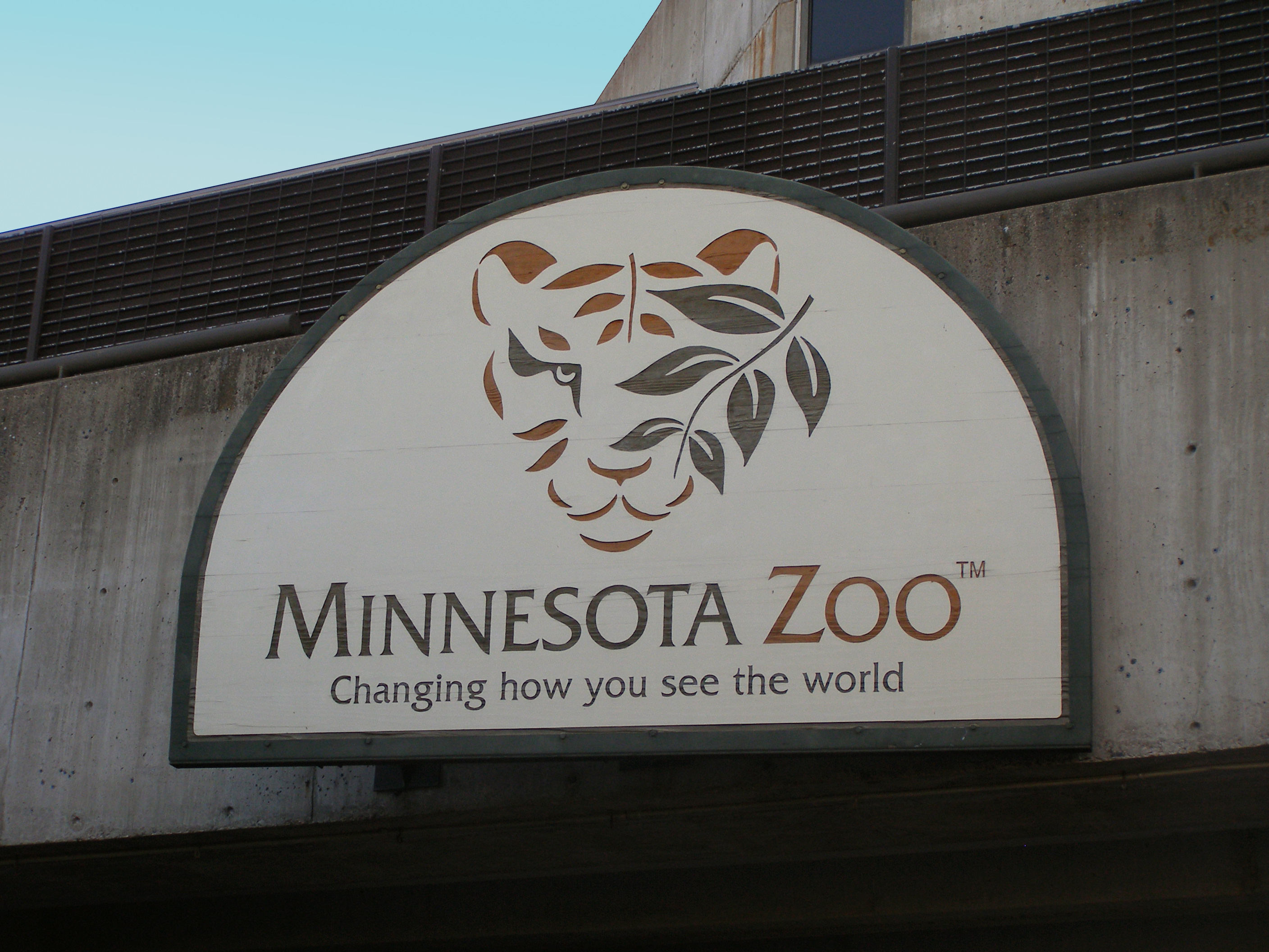 Minnesota Zoo – Russia's Grizzly Coast