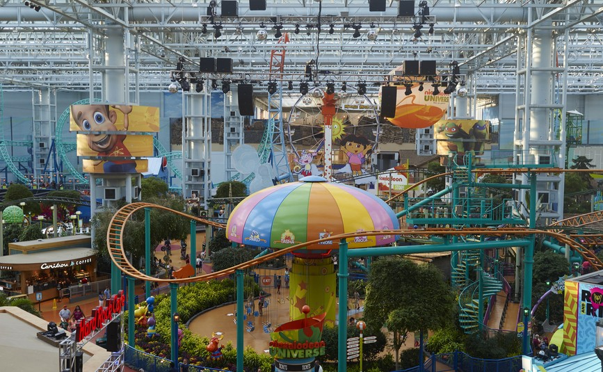 Nickelodeon Universe ®, the nation's largest indoor theme park, is home to seven acres of unique attractions, entertainment and dining options. Meet the Nick characters, experience spine-tingling rides, visit unique retail shops and much more!