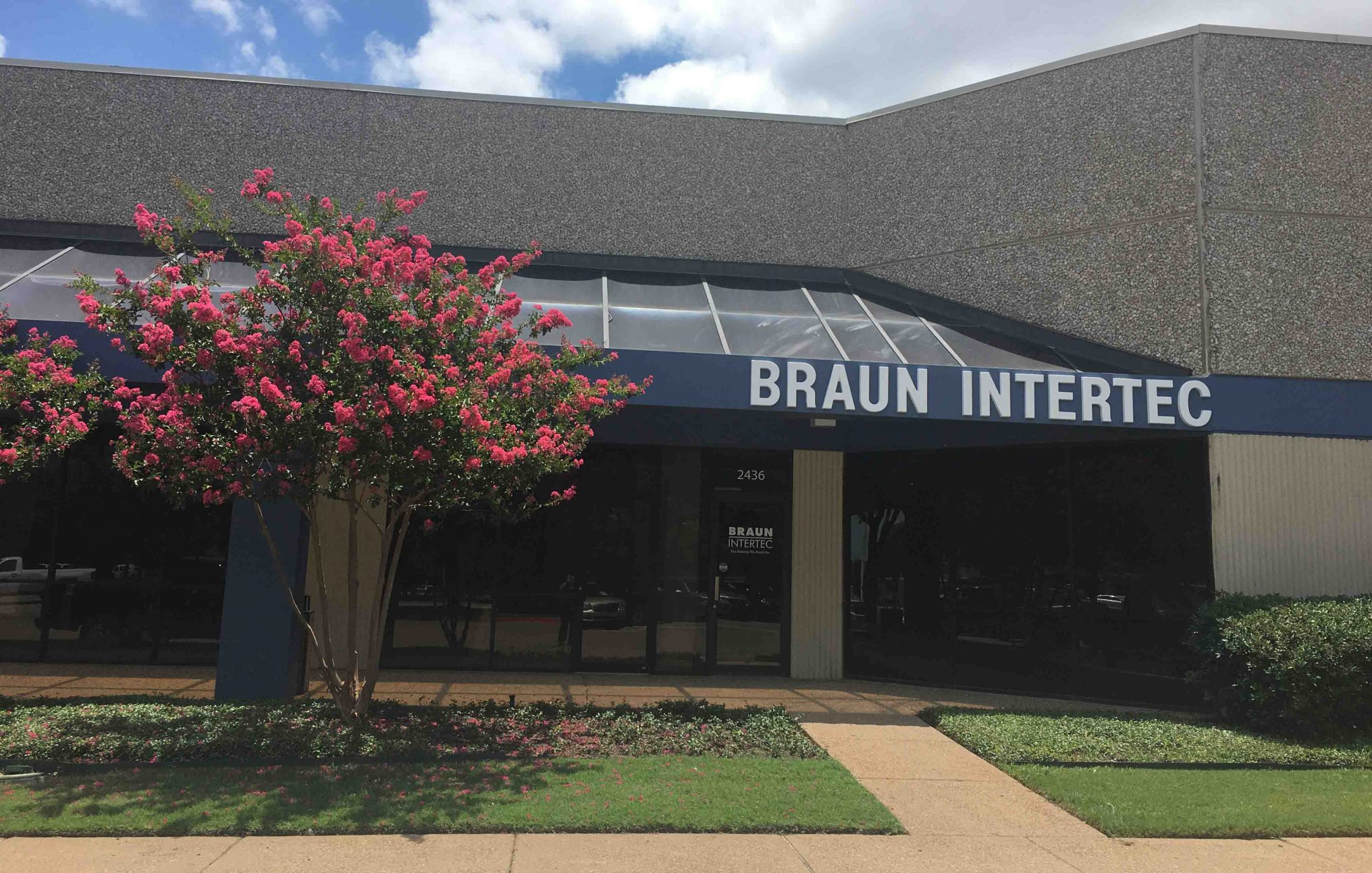 Braun Intertec Arlington Office Exterior